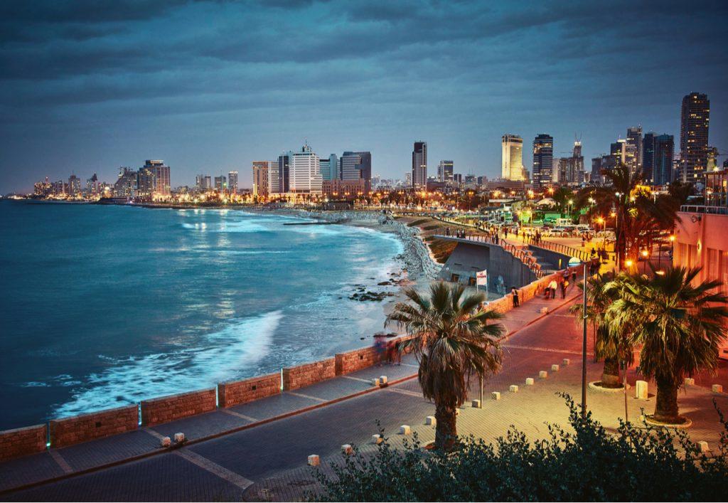 תיירות תל אביב יפו בעיר העתיקה - טיילת מרשימה, מסעדות ולינה